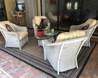 Lloyd Flanders patio set and area rug