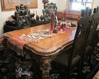 Fabulous Toscano Dining Room Set , table and 6 chairs , featuring heavily carved Griffins, Lions and North Wind details.