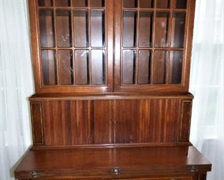 Showing Secretary with sliding doors closed