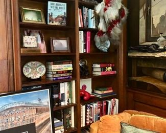 Books & home decor