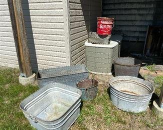 Metal tins/ planters
