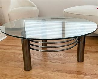 Contemporary Round Metal Cocktail / Coffee Table with Glass Top