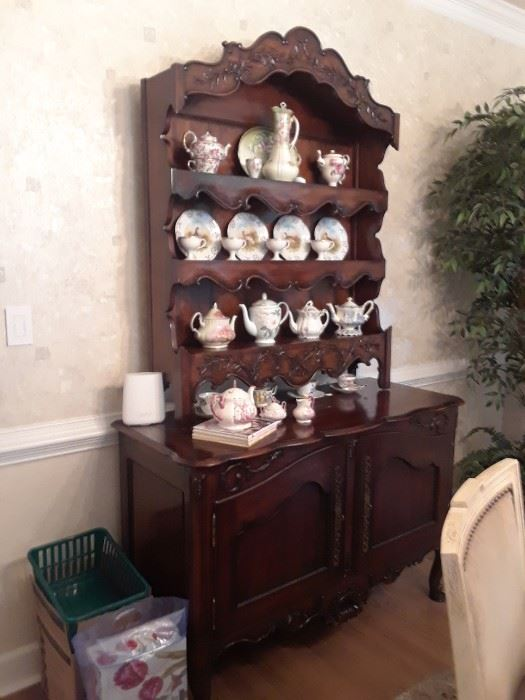 Country French cabinet with plate display above