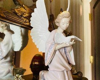 LLADRO ANGEL OF PEACE FIGURINE #6131