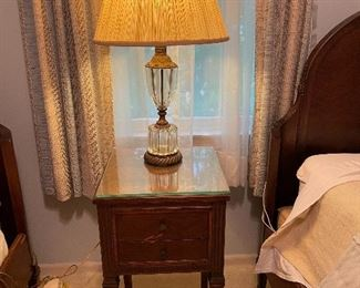 Night stand for bedroom set
