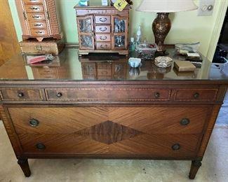 Dresser for antique twin bedroom set