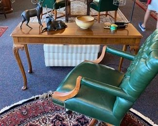 Console Table - Green Desk Chair