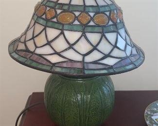 Quoizel Pottery Lamp