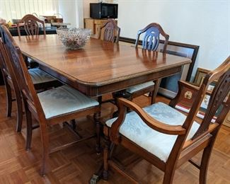 """Dining Table (6' x 3'2"""" with leaf) with 6 Chairs"""