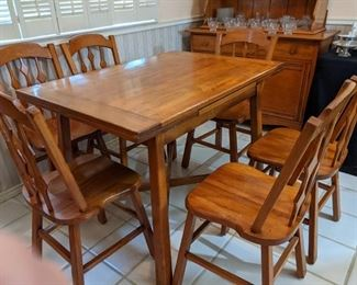"""Kitchen Table (41.75"""" x 29.5"""") with Extensions and 6 Chairs"""