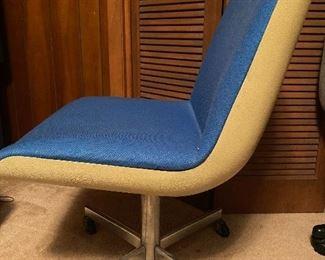 VINTAGE CROYDON OFFICE CHAIR WITH FIBERGLASS BACK IN FABULOUS BRIGHT BLUE HERCULON FABRIC