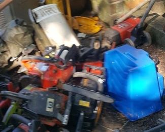 This is the pile where chainsaws have been placed for sacrifice, We'll have them  displayed better on Friday. Sorry
