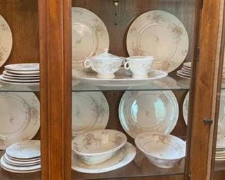 Haviland Apple Blossom China Set Like new condition. Includes: -8 Dinner plates -8 Salad Bowls -8 Dessert Bowls -8 Saucers -2 Serving Bowls -8 Bread Plates -8 Small Plates -1 Large Platter -1 Small Platter -Cream & Sugar Set -2 Serving Bowls Pickup in 77084 Please bring boxes and wrapping to pack the items up.