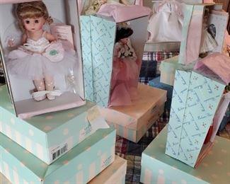 Madame Alexandria Dolls