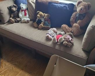 Teddy bears and Daybed