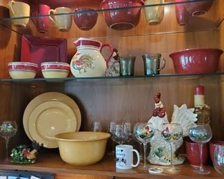 Roosters and dishes