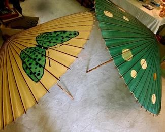 Large umbrellas, about 6