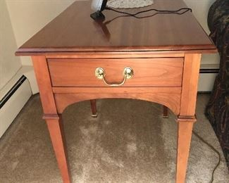 4 of 6 - rectangle side table (1/2)
