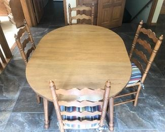 Dining Table with 4 Wicker Seat Chairs 2/4