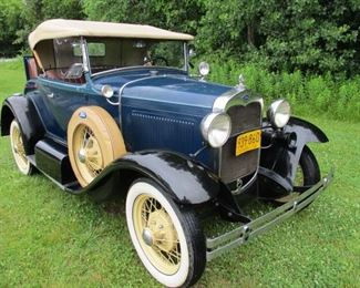 1930 Ford Model A Cabaret Deluxe