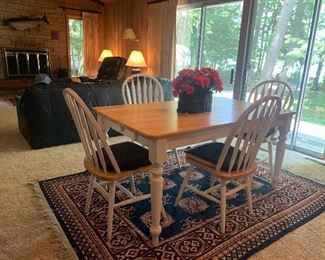 5 piece Kitchen Table & Chairs Set