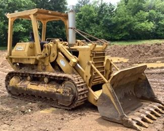 """Located in: Apison, TN MFG Caterpillar Model 977L Crawler Loader ** High Bid is Subject to Seller Confirmation ** Track Size: 18""""W Bucket Size: 95""""W Diesel **Sold as is Where is** Runs And Operates"""
