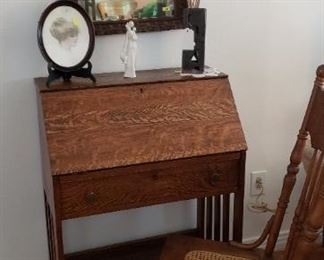 drop down small writing desk, chair, mirror, accessories