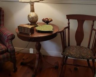 Round drum table, lamp, music box, wooden arm chair