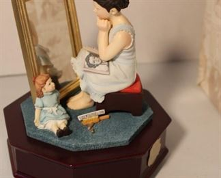 Norman Rockwell music box w box. Several Norman Rockwell collectibles