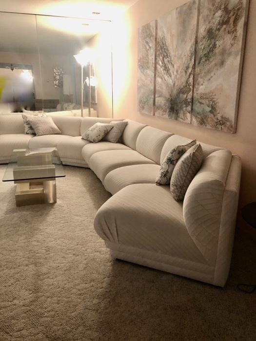 Beautiful vintage sectional sofa in excellent condition