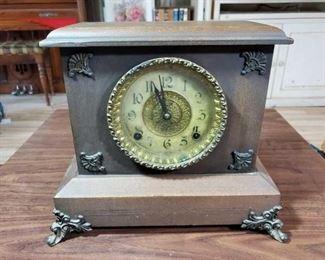 "#2034 • Antique Clock approx 11"" x 13' x 6"""