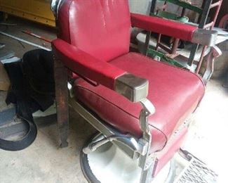 1930' Koken Barber Chair. All Mechanical parts are in working order.