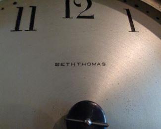 Seth Thomas Mantle Clock, chimes