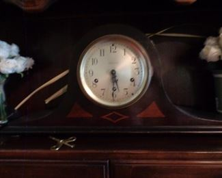 Seth Thomas mantle clock with inlay wood, missing glass face