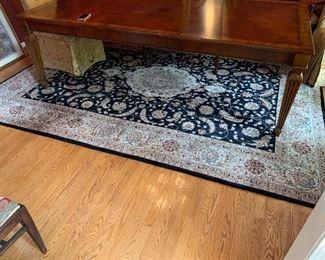 11 x 8 wool / silk rug