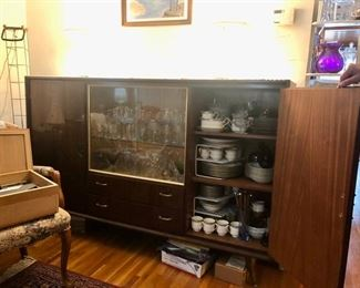 Cool Decocabinet with drop down bar