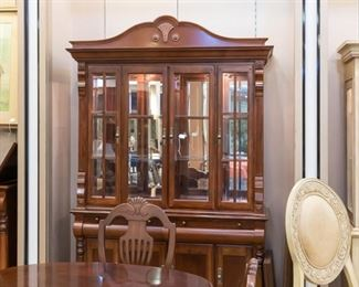 Beautiful matching hutch to formal dining set.