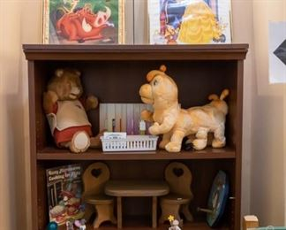 Teddy Ruxpin, Grubby, books, and tapes sold as a set.