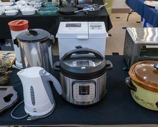 Instapot, bread machine, electric kettle, ice tea maker, crock pot....
