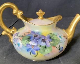 Hand Painted T&V LIMOGES FRANCE Tea pot, signed