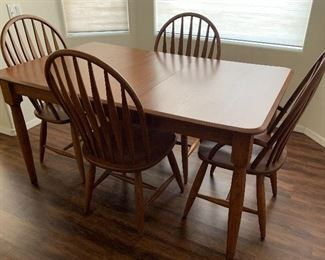 Kitchen Table with  4 Windsor Chairs