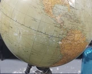 1910's World Globe