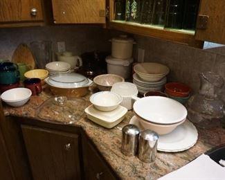 Pyrex, bowls