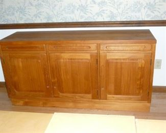 Beautiful Teak Mid-Century Sideboard..finished on the back and under the drawers..quality piece in excellent condition