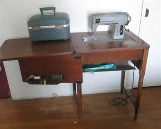 Kenmore Vintage Rotary Sewing Machine with Solid Wood Sewing Table - Approx. from 1942