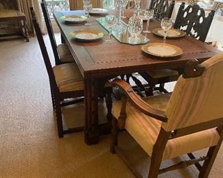 English oak draw leaf dining table with 8 chairs, 2 arm and 6 side