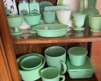 Jadeite glass McKee