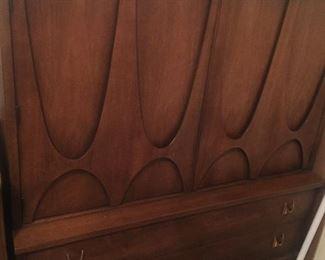 Brasilia Gentleman's chest