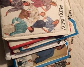 Vintage sewing patterns, over 100 of them