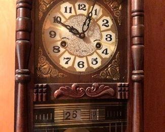 31 day wall clock